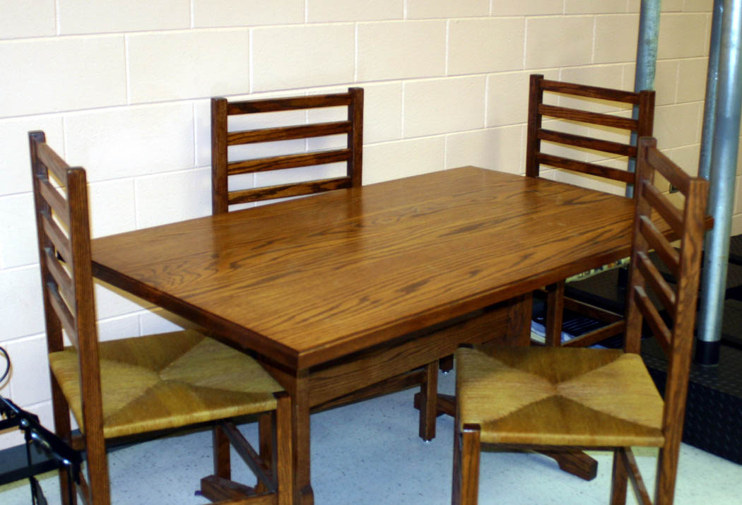 Click to enlarge Quality furniture, items at CCCC auction