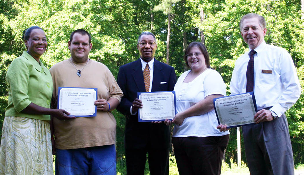 CCCC students receive scholarships