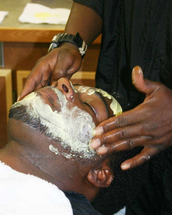 HCI, CCCC open inmate barber school