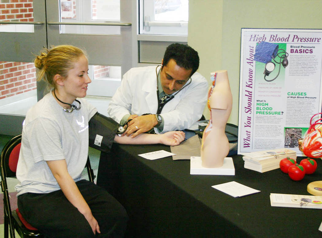 Campbell School of Pharmacy holds Health Fair at Central Carolina C.C.
