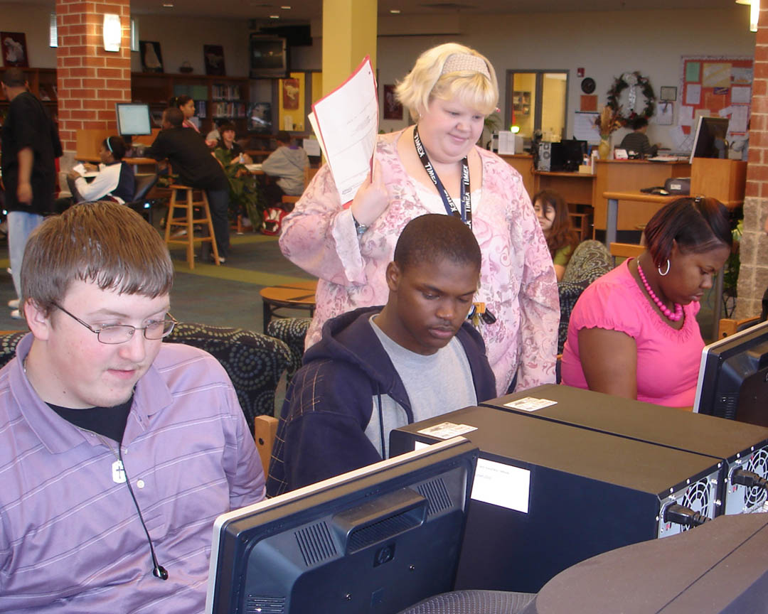 Click to enlarge Lee County Schools, CCCC create E-Lee College Academy
