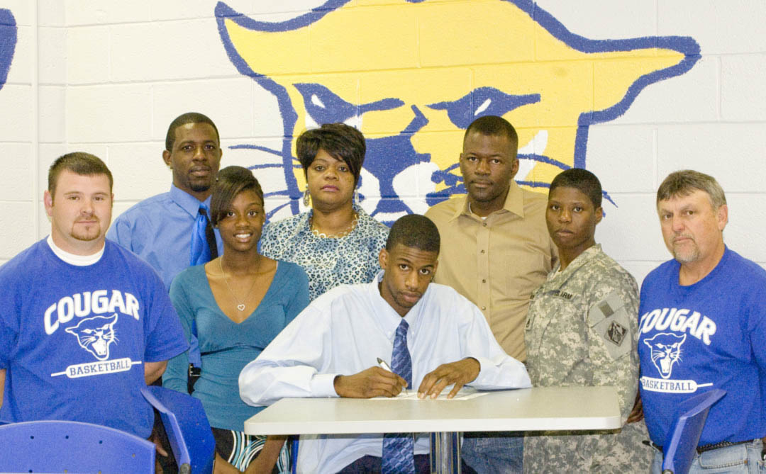 Read the full story, Western Harnett grad signs with CCCC basketball