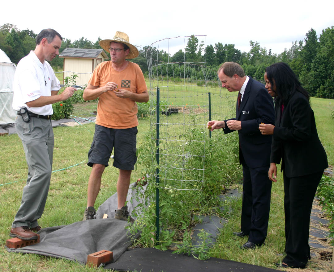 Click to enlarge  Tobacco Trust Fund rep visits CCCC's Skill-UP garden