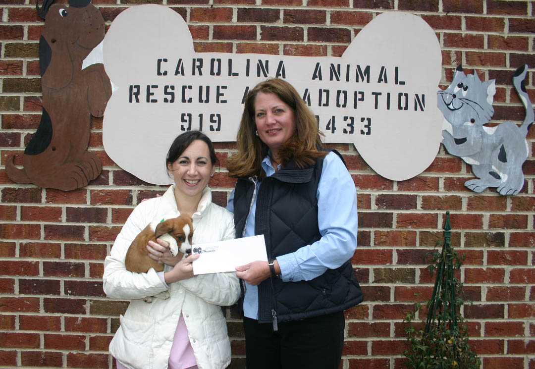 CCCC Vet Med instructor presents donation to CARA