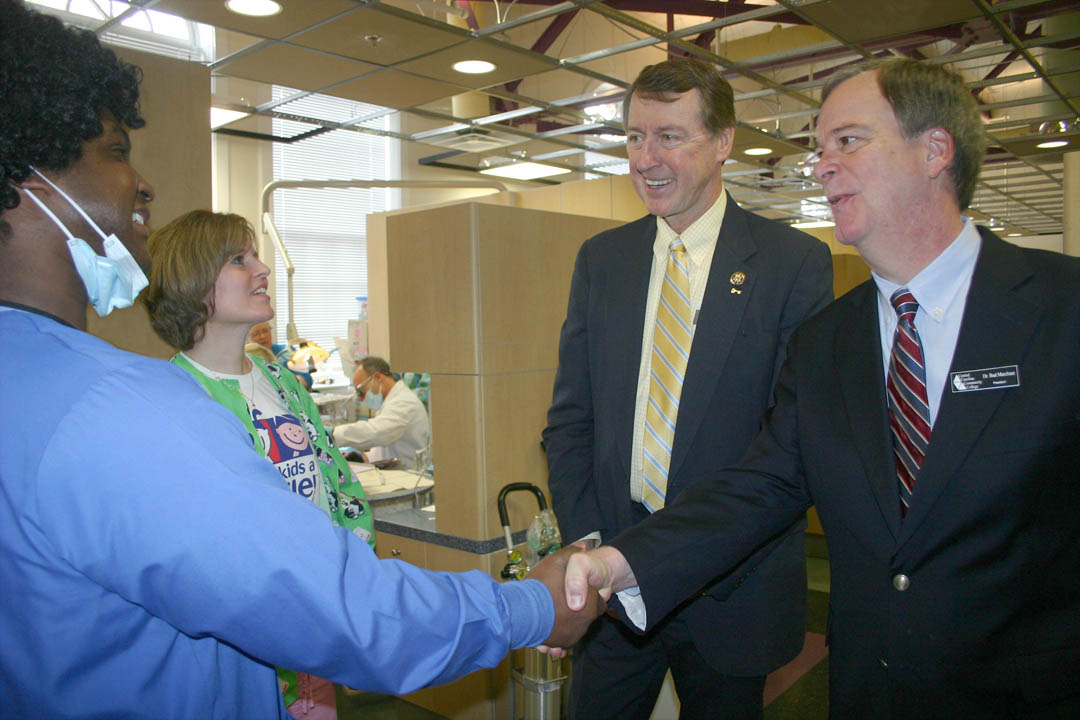 Congressman Bob Etheridge visits Give Kids A Smile at CCCC