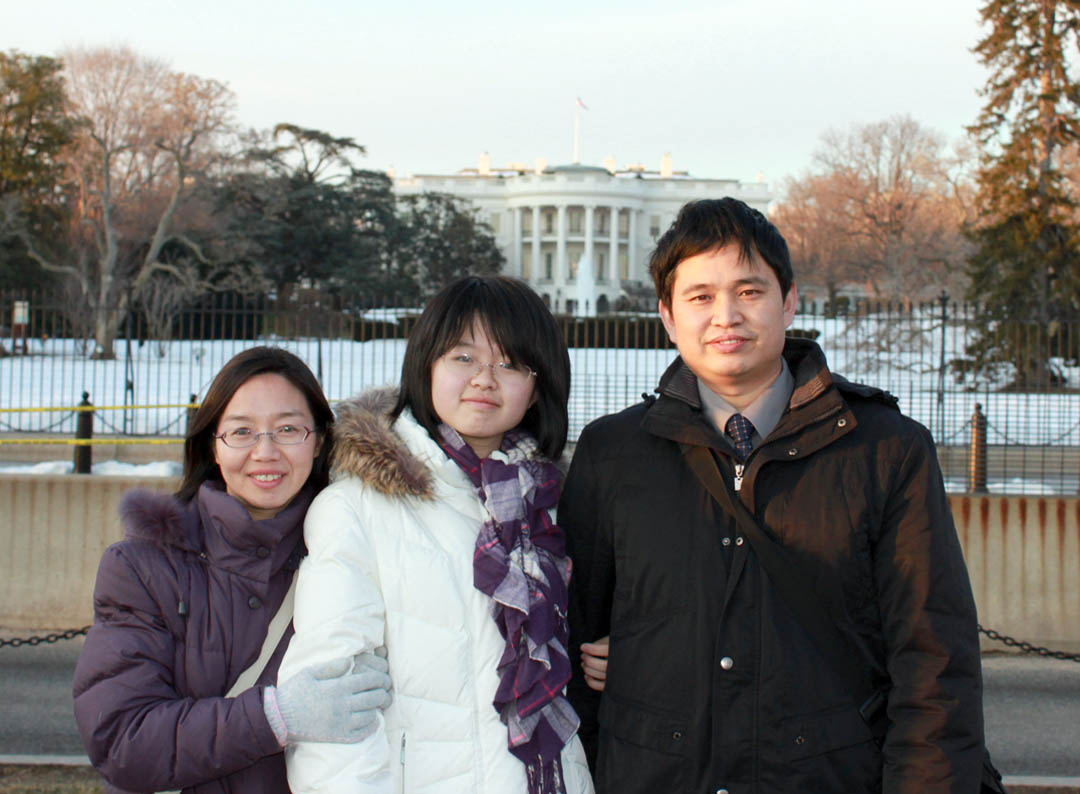 Chinese family takes home memories of N.C., America