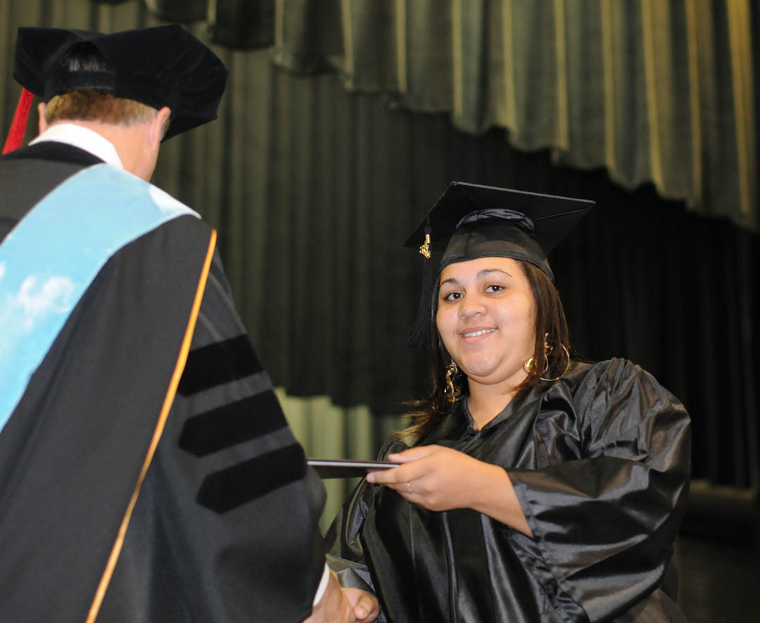 Click to enlarge CCCC summer graduation celebrates achievements