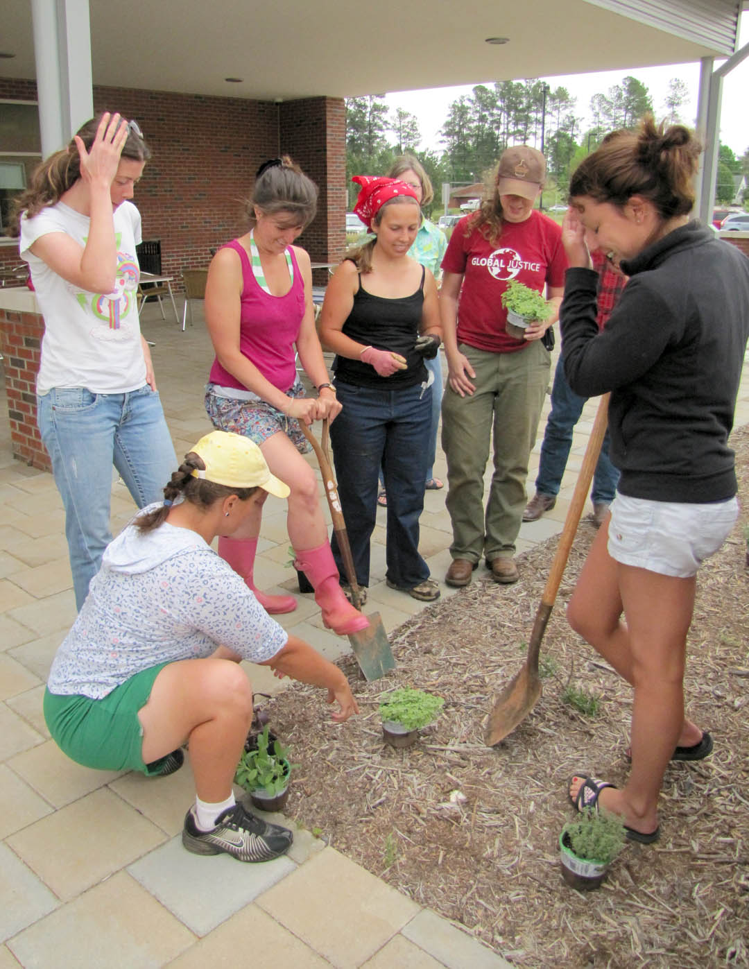 CCCC-Chatham Campus showcases green on Earth Day