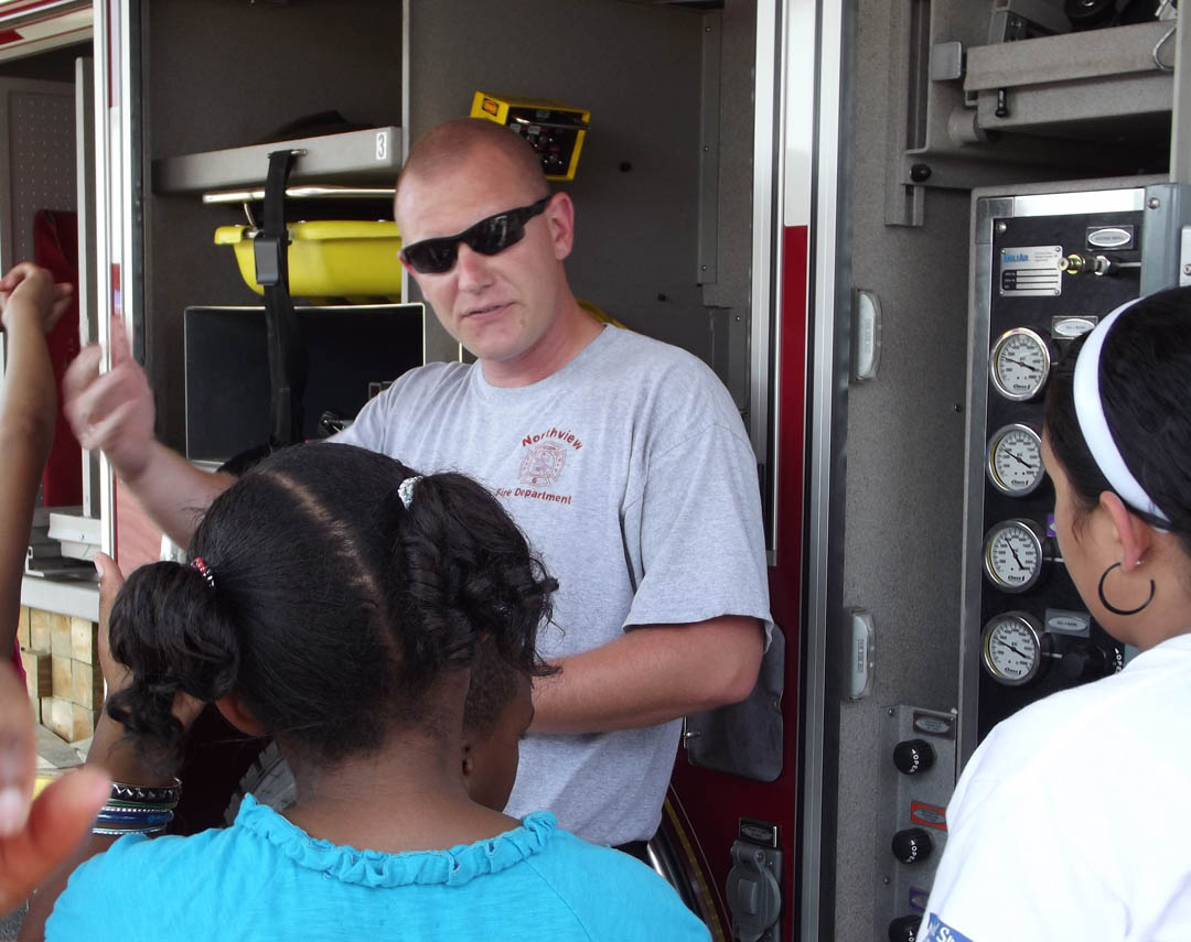 CCCC's ESTC hosts student Truck-Transportation Day