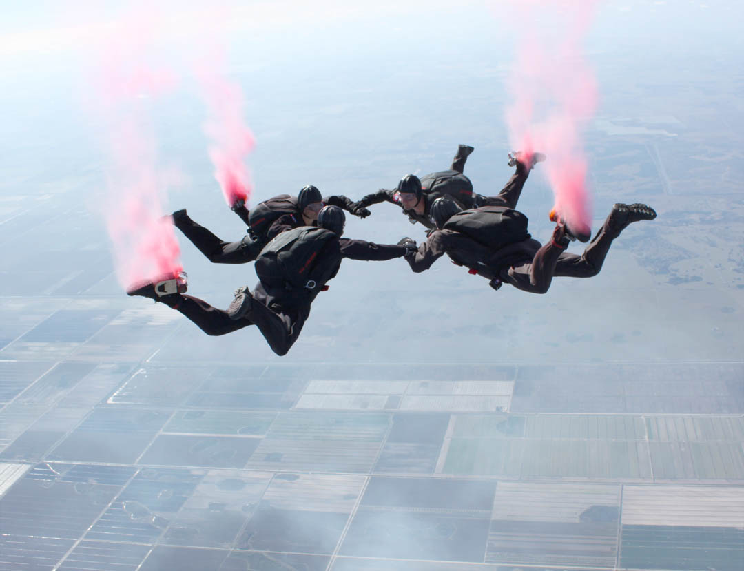 Click to enlarge 82nd Airborne Freefall Team jumps at CCCC 50th
