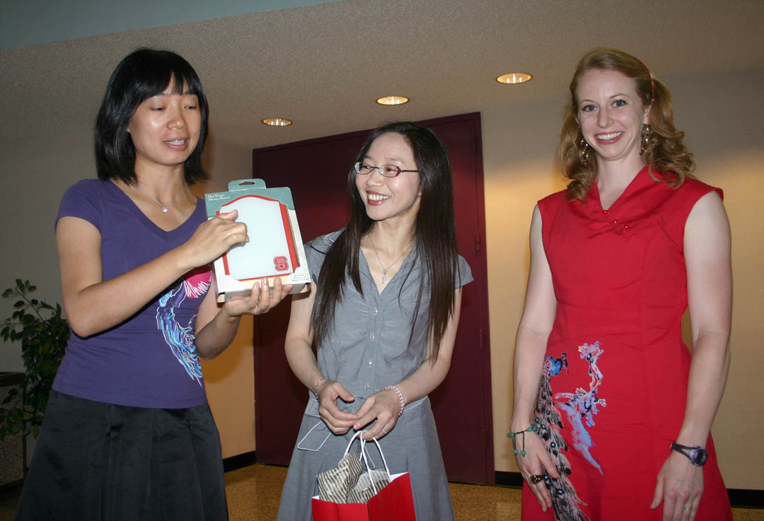 Click to enlarge First CCCC Confucius Classroom instructor says goodbye