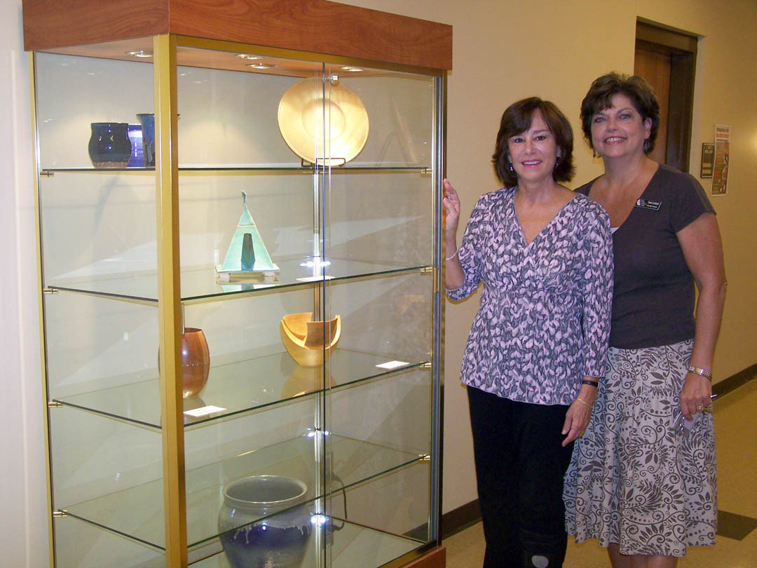 Click to enlarge CCCC - Siler City display case honors former businessman