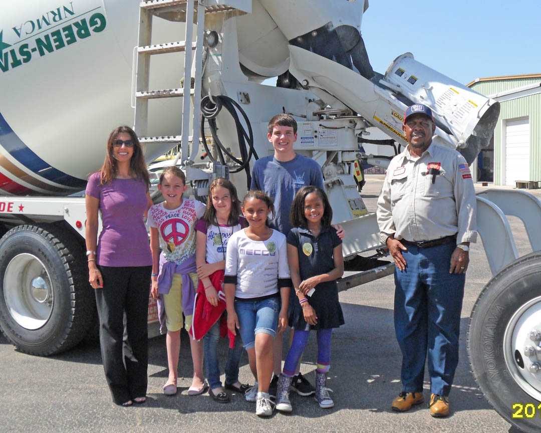 Click to enlarge CCCC Trucks and Transportation Day attracts students