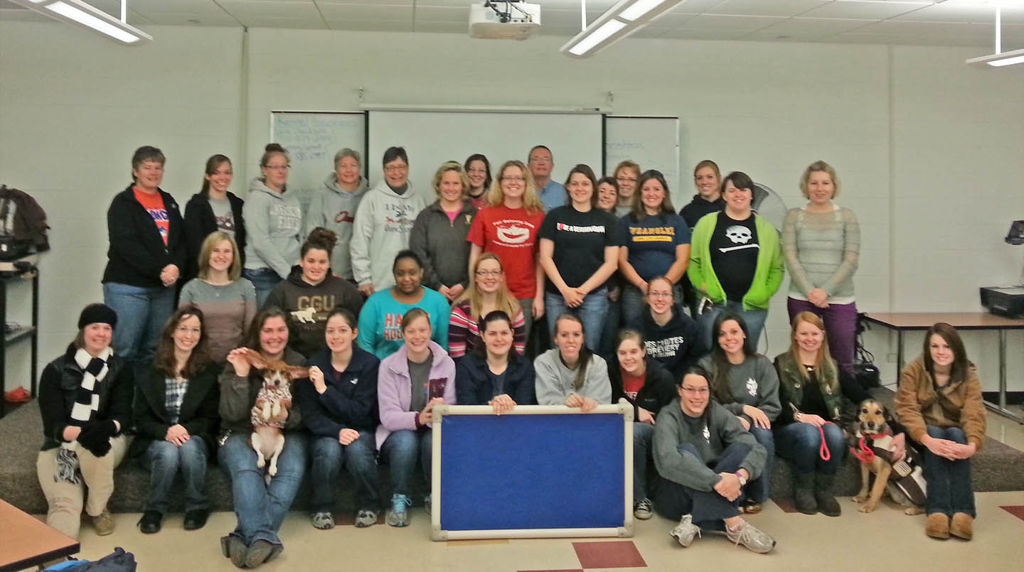 CCCC Vet Med students donate to shelter animals