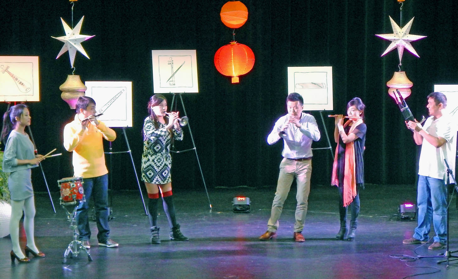 CCCC hosts China National Orchestra members' lecture, performance