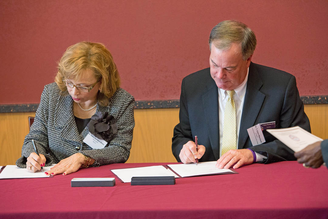 Click to enlarge NCCU, CCCC sign nursing degree agreement