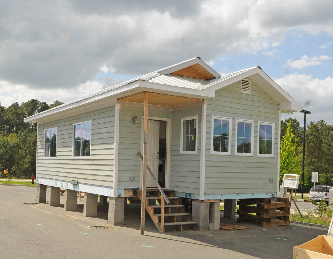 Outstanding Small Energy Efficient House Plans Thesouvlakihouse Com Largest Home Design Picture Inspirations Pitcheantrous