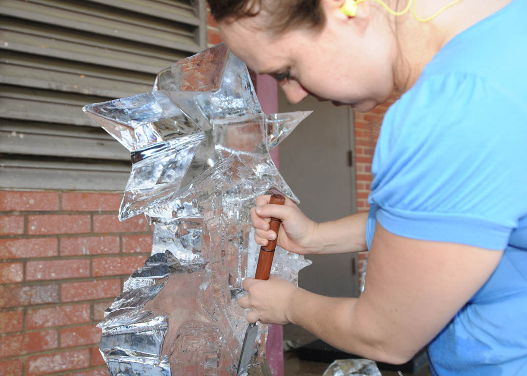 Click to enlarge CCCC culinary students create ice art