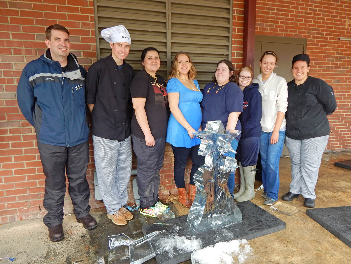 CCCC culinary students create ice art