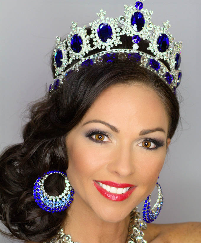 Read the full story, Mrs. Universe 2014 will visit CCCC on April 14