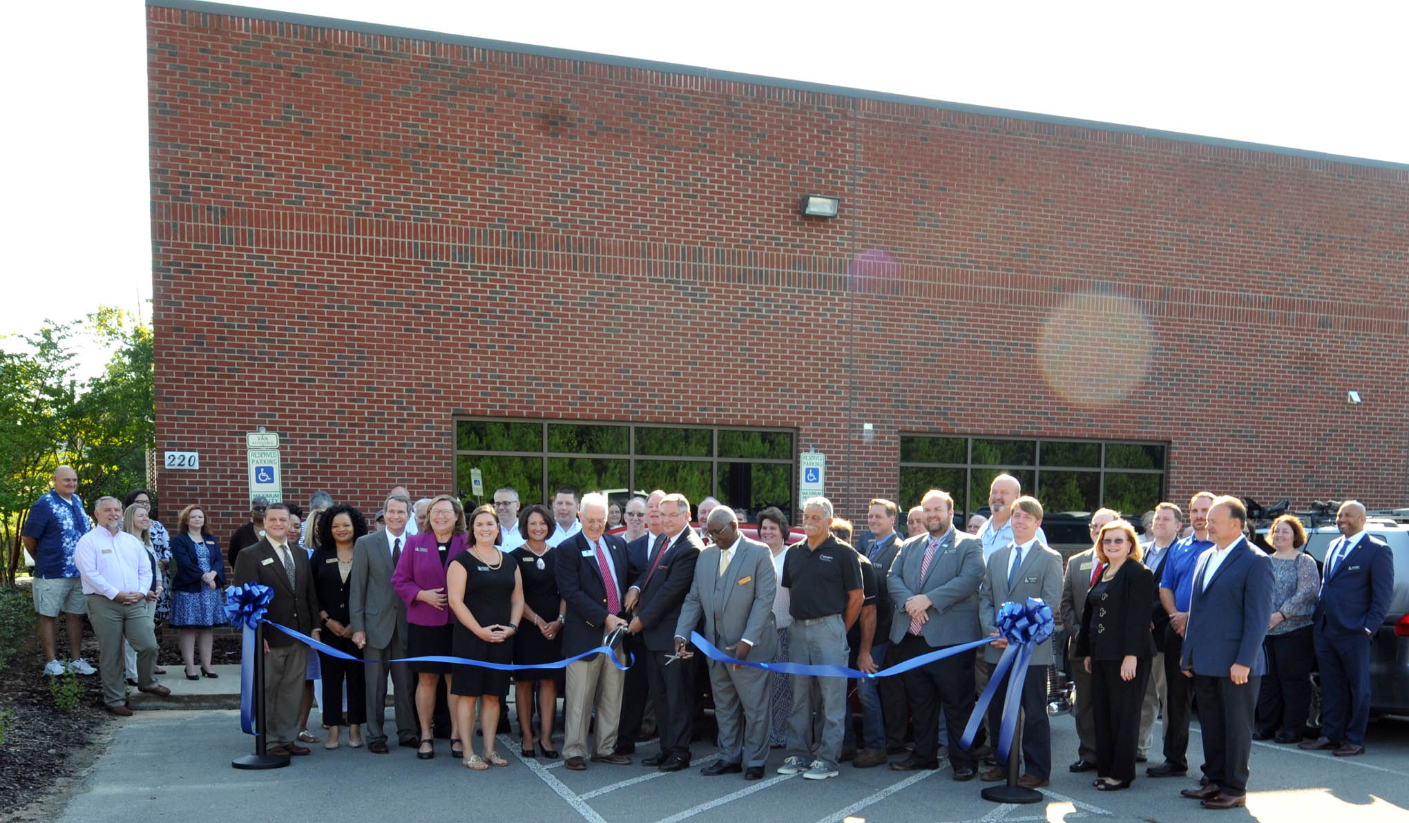 Ribbon cutting held for CCCC West Harnett Center Automotive Restoration Facility