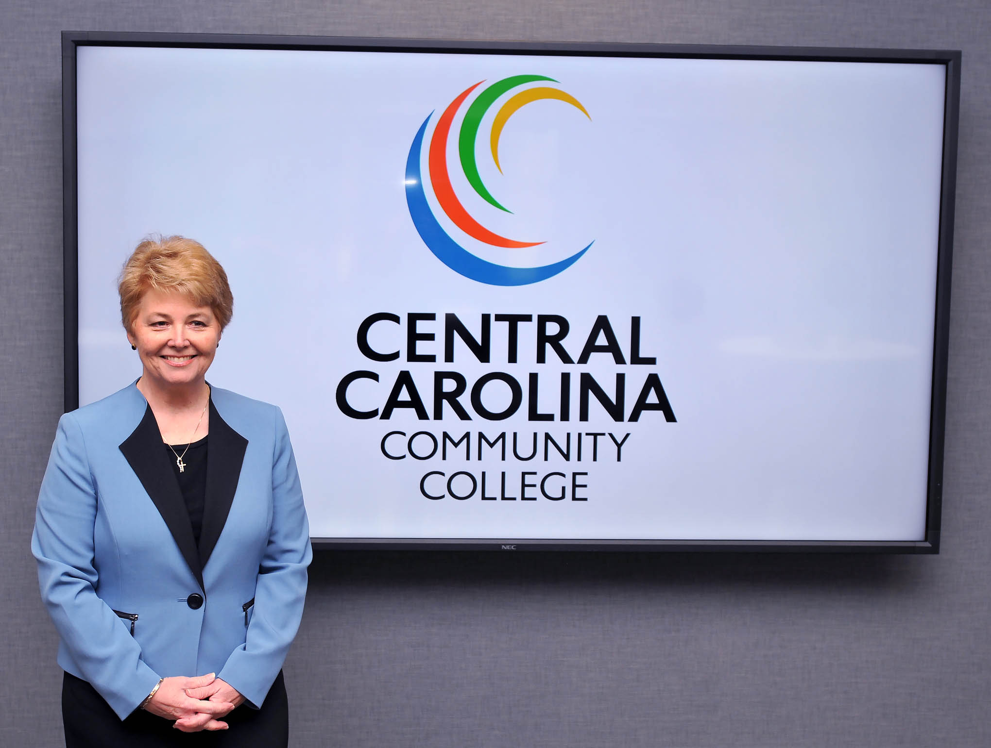 Dr. Chapman begins presidency at CCCC